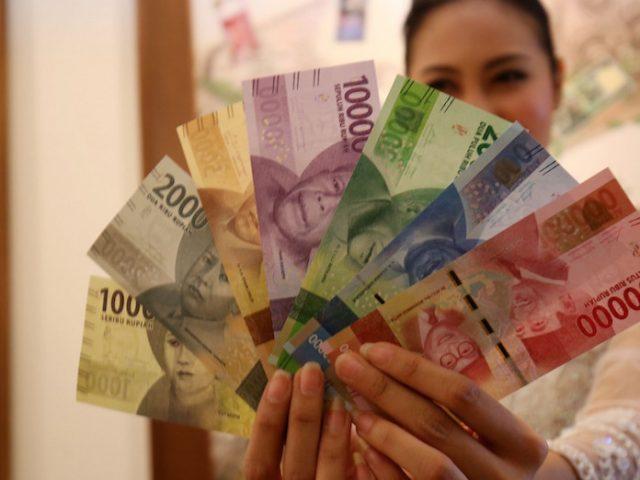Bantuan Uang Tunai Untuk Warga Terdampak Korona Diperpanjang Sampai Desember Lombok Post